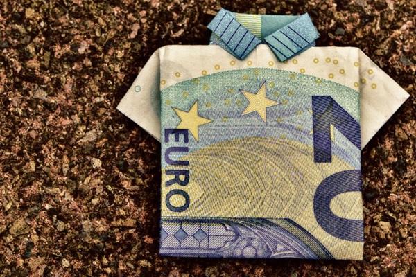 平凡な人生はつまらない…人生を変えるお金の価値観